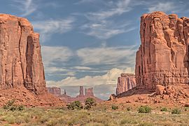 16 21 2165 monument valley.jpg