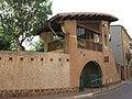 182 Portal d'entrada al parc de Can Crusellas, c. Parres 2 (Artés).jpg