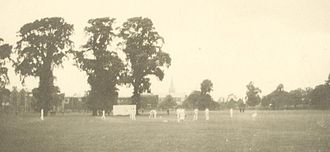 Herbert Armitage James - The University of Pennsylvania cricket team competing in a match against Rugby School in 1907, during James's time as headmaster.