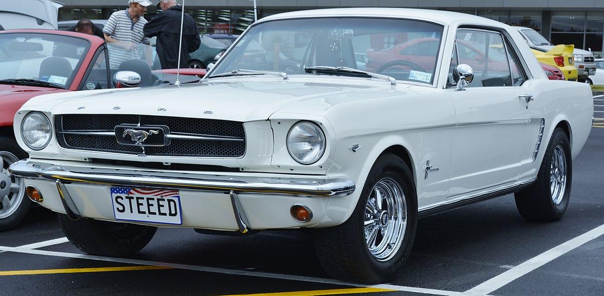 File:1964 Mustang (12371943364).jpg - Wikimedia Commons