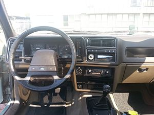 Ford Sierra - The dashboard of an early 1983 GL-model.