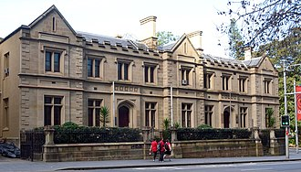 Elizabeth Street, Sydney - Image: 1 Old Registry Office