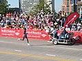 2008-10-18 Evans Cheruiyot in 2008 Chicago Marathon home stretch.jpg