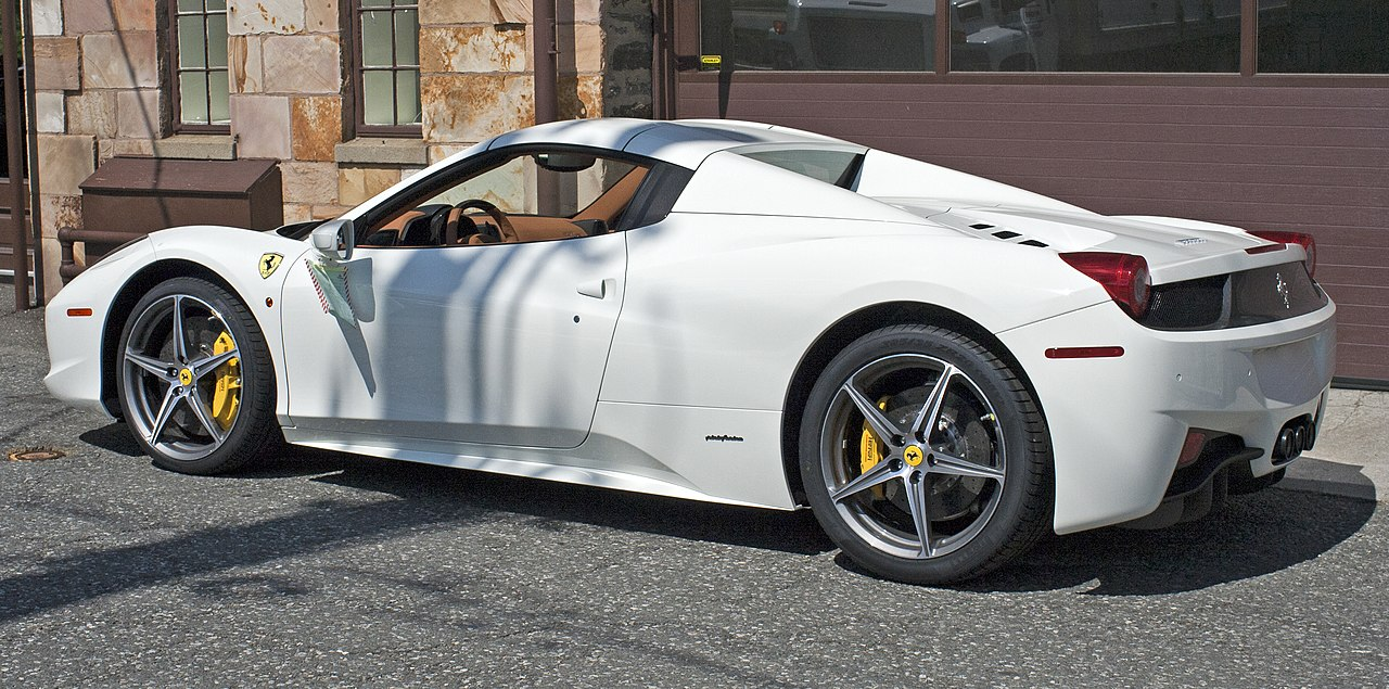 File:2012 Ferrari 458 Spider Top Up