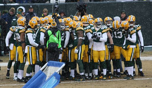 2013 Green Bay Packers Huddle at Game 16