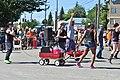2015 Fremont Solstice parade - B3 radio (Seattle) contingent - 03 (19342674691).jpg