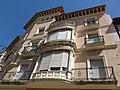 216 Ca Puig Busquets, plaça de les Garrofes 31 - costa del Puntarró 1 (Valls).jpg