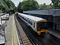 466018 Bromley North to Grove Park (14498722646).jpg