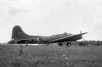 "RAF Grafton Underwood - A B-17E Flying Fortress (serial number 41-2578) nicknamed ""Butcher Shop"" of the 97th Bomb Group, 17 August 1942"