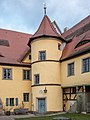 Adelsdorf Schloss Turm 2180432.jpg