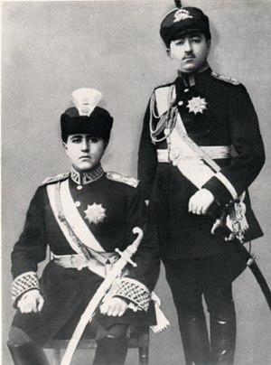 Mohammad Hassan Mirza - Photographic portrait of Mohammad Hassan Mirza (r) and his brother Ahmad Shah Qajar (l)