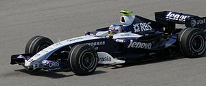 Williams FW29 - Alexander Wurz driving the FW29 at the 2007 Malaysian Grand Prix.