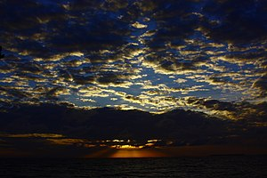 Rosario and San Bernardo Corals National Natural Park - Image: Amanecer en Tintipán