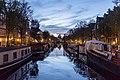 Amsterdam Canals (36767573313).jpg