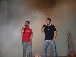 Andy y Lucas. Concierto en SCP-1 2.jpg
