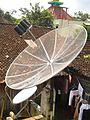 Antena Parabola di Indonesia.jpg
