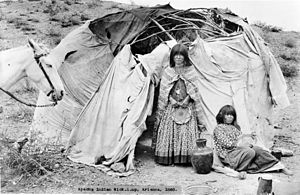 Wigwam - Apache wickiup