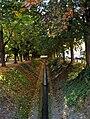 Asbach-Graben am Schwanseebad Weimar.jpg