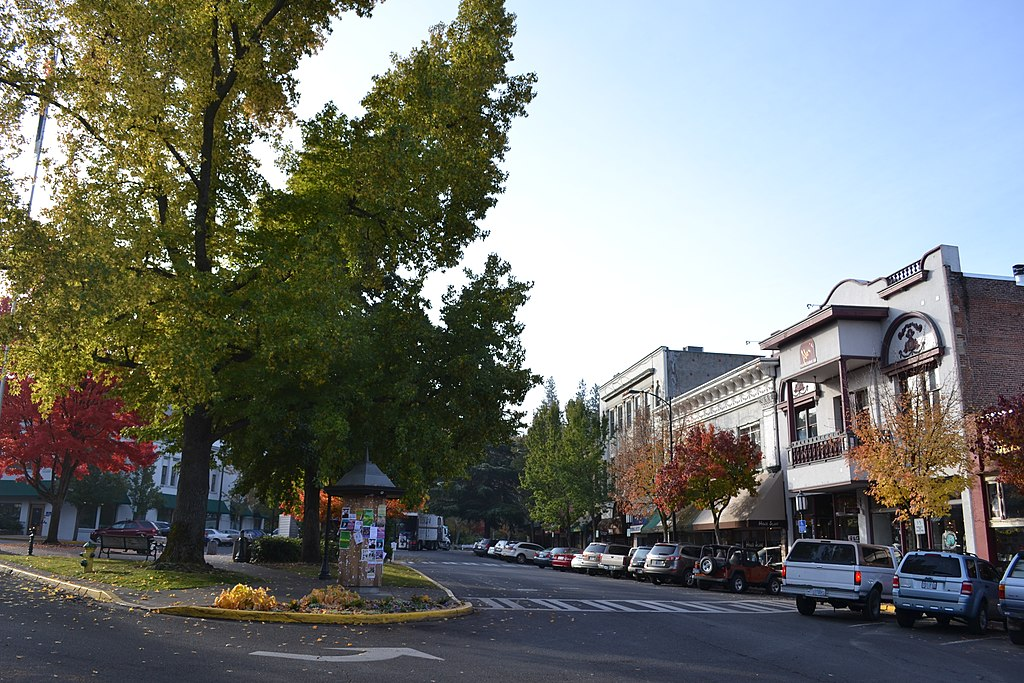Ashland (WI) United States  city pictures gallery : Ashland Historic District Ashland, Oregon Wikimedia ...