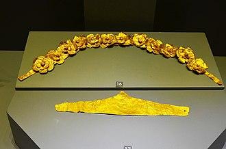 Aydın Archaeological Museum - Hellenistic period golden belt (top) and Ancient Roman period golden headband-shaped diadem (bottom)