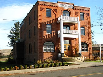 National Register of Historic Places listings in Wasco County, Oregon - Image: Balch Hotel Dufur Oregon
