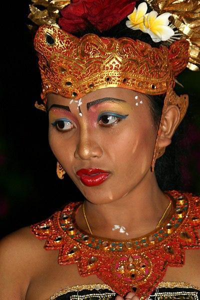 Image:Bali uluwatu dance60.jpg