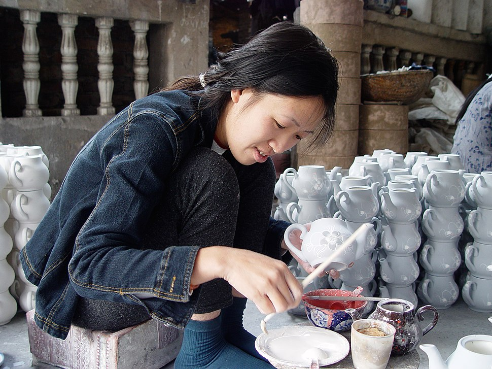Bat-Trang-Ceramic-Village6