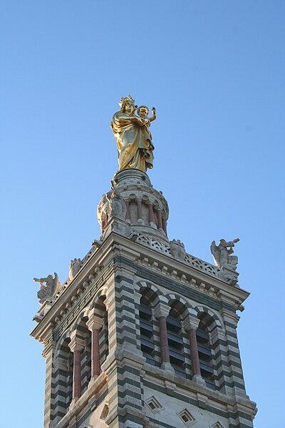 Fichier:Beffroi-campanile-statue.JPG