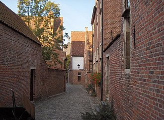 Groot Begijnhof, Leuven - Narrow street in the Groot Begijnhof of Leuven