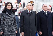 I presidenti della Camera Laura Boldrini (a sinistra) e del Senato Pietro Grasso, con il presidente della Repubblica Giorgio Napolitano (al centro).