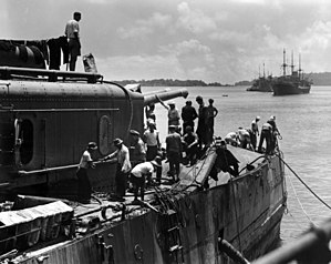 USS Marblehead (CL-12) - USS Marblehead in February 1942 showing bomb damage received in the Battle of Makassar Strait