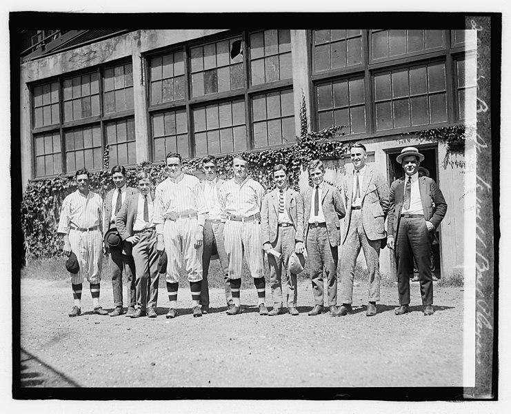 File:Boy Scouts with ball players LOC npcc.06850.jpg