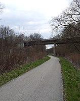 Brücke B301 Freising B301 und Moosach 01.jpg