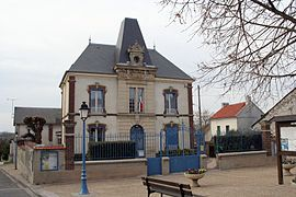 The town hall in Breuil-Bois-Robert