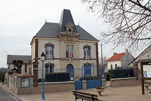 Breuil-Bois-Robert - The town hall in Breuil-Bois-Robert