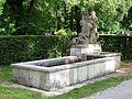 Brunnen im Friedhof am Perlacher Forst Muenchen-1.jpg