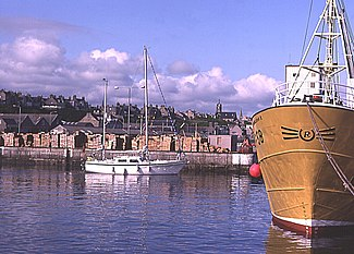 Buckie Harbour - geograph.org.uk - 223383.jpg