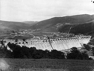 Llanwddyn - Llanwddyn Dam c.1885 under construction