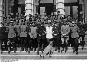 Gotthard Sachsenberg - Image: Bundesarchiv Bild 183 2008 1016 509, Theo Osterkamp mit Kameraden