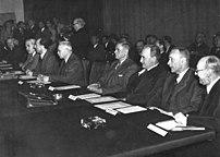Bundesarchiv Bild 183-H26569, Frankfurt-Main, Frankfurter Konferenz.jpg