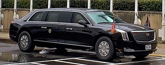Presidential state car (United States) - A current-model US presidential state car in front of the headquarters of the United Nations (September 2018)