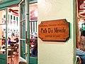 Café du Monde in New Orleans.jpg