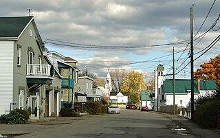Grenville-sur-la-Rouge, Quebec Municipality in Quebec, Canada
