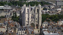 Cathédrale Saint-Pierre de Nantes from Tour Bretagne.JPG