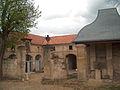 Château de l'Arthaudière entrée des écuries.jpg