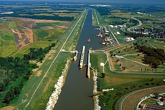 Chain of Rocks Lock - The Chain of Rocks Canal and Locks in Madison County, Illinois