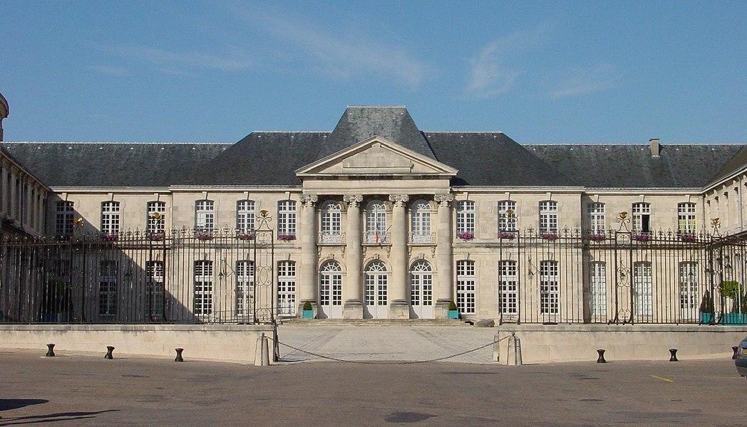 Schloss Commercy, Hofseite