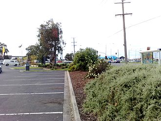Chelsea Heights, Victoria - Wells Road - Springvale Road intersection view from the Chelsea Heights fast food outlets car park