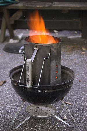 Chimney starter - A simple chimney Starter in use