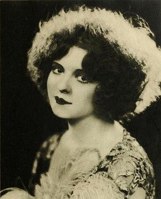 Clara Bow - Clara Bow in Stars of the Photoplay, 1924